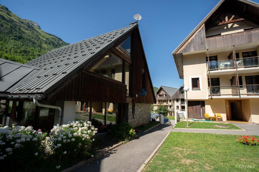 Аренда на лыжном курорте Résidence Les Hameaux de La Perrière - Saint Colomban des Villards - летом под открытым небом