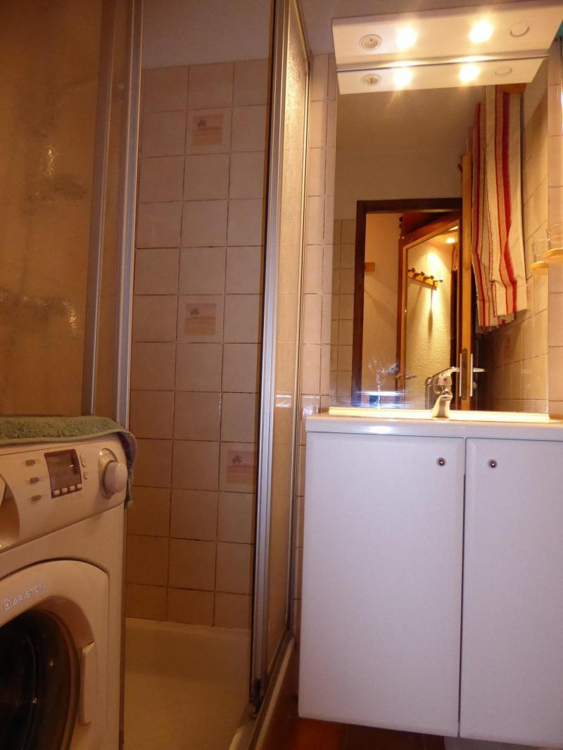 Vacaciones en montaña Apartamento 2 piezas para 4 personas (5C) - Résidence les Hameaux de la Vanoise - Pralognan-la-Vanoise - Cuarto de baño con ducha