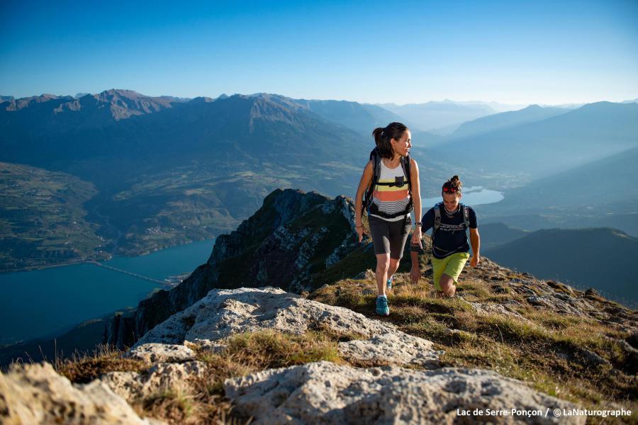Vacances en montagne Résidence les Hauts de Préclaux - Les Orres - Extérieur été