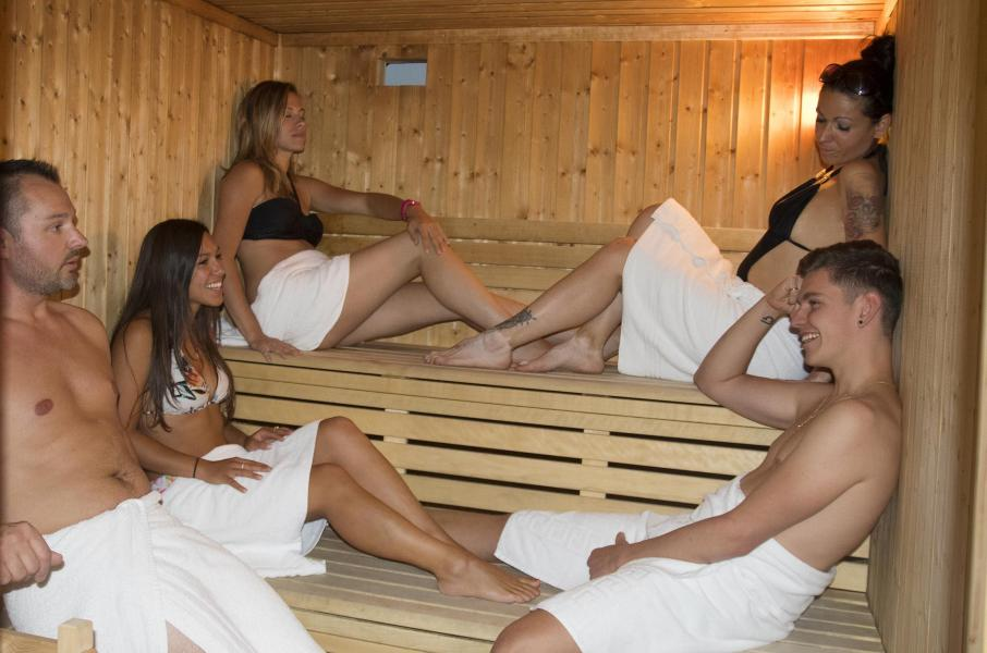 Vacances en montagne Résidence les Hauts de Préclaux - Les Orres - Sauna