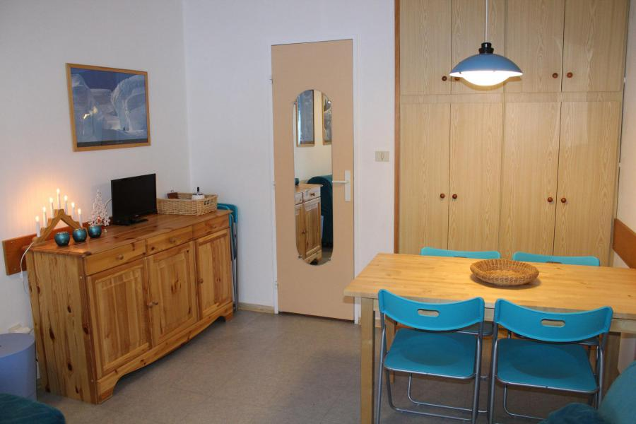 Vacaciones en montaña Apartamento 2 piezas para 5 personas (IS0626X) - Résidence les Issarts  - Superdévoluy - Mesa