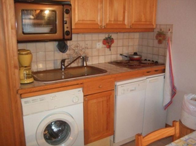 Holiday in mountain resort 2 room apartment sleeping corner 6 people (698) - Résidence les Jardins Alpins - Saint Gervais - Kitchen