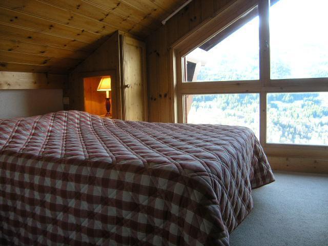 Vacances en montagne Appartement duplex 4 pièces 8 personnes (C18) - Résidence les Jardins d'Hiver - Méribel - Chambre mansardée