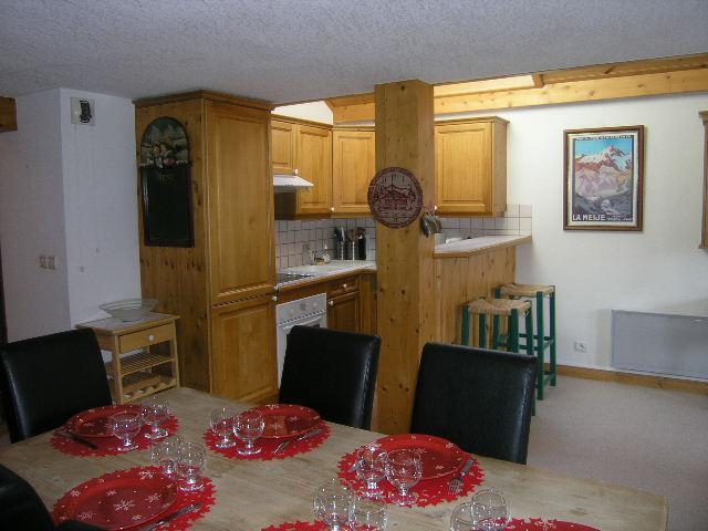 Vacances en montagne Appartement duplex 4 pièces 8 personnes (C18) - Résidence les Jardins d'Hiver - Méribel - Salle à manger
