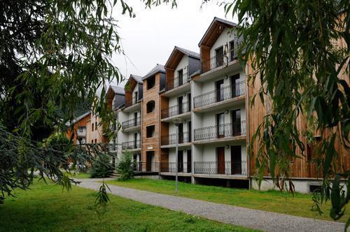 Location au ski Résidence les Jardins de Ramel - Luchon-Superbagnères - Extérieur été