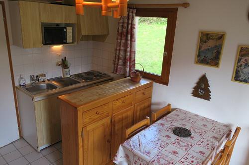 Vacances en montagne Appartement 2 pièces 4 personnes (B22) - Résidence les Jonquilles - Châtel - Table