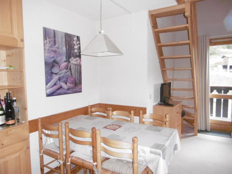 Vacances en montagne Appartement 3 pièces 6 personnes (023) - Résidence les Lauzes - Valmorel - Table