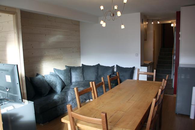 Vacances en montagne Appartement duplex 3 pièces 8 personnes (D1) - Résidence les Lauzes - Les Menuires - Table