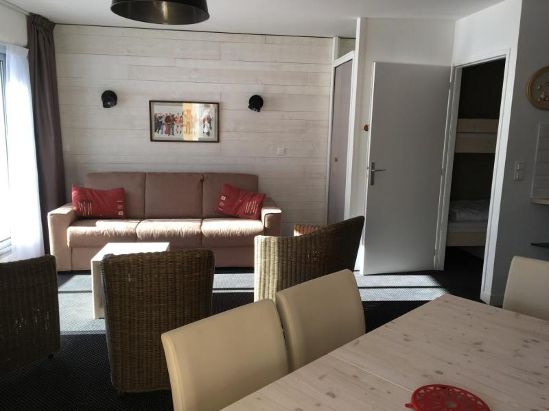 Holiday in mountain resort 2 room apartment sleeping corner 8 people (E3) - Résidence les Marmottes - Gourette