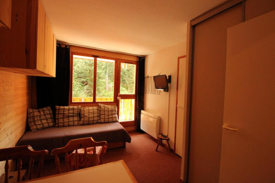 Holiday in mountain resort Studio cabin 4 people (104) - Résidence les Mélèzets 1 - Valfréjus