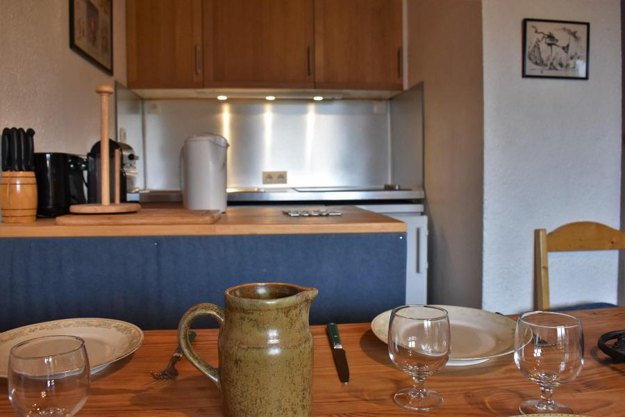 Vacances en montagne Appartement 2 pièces 5 personnes (A12) - Résidence les Merisiers - Méribel - Kitchenette