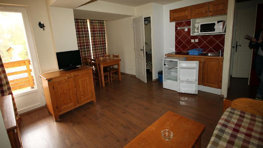 Vacances en montagne Appartement 2 pièces 4 personnes (U003) - Résidence les Myrtilles - Vars - Logement