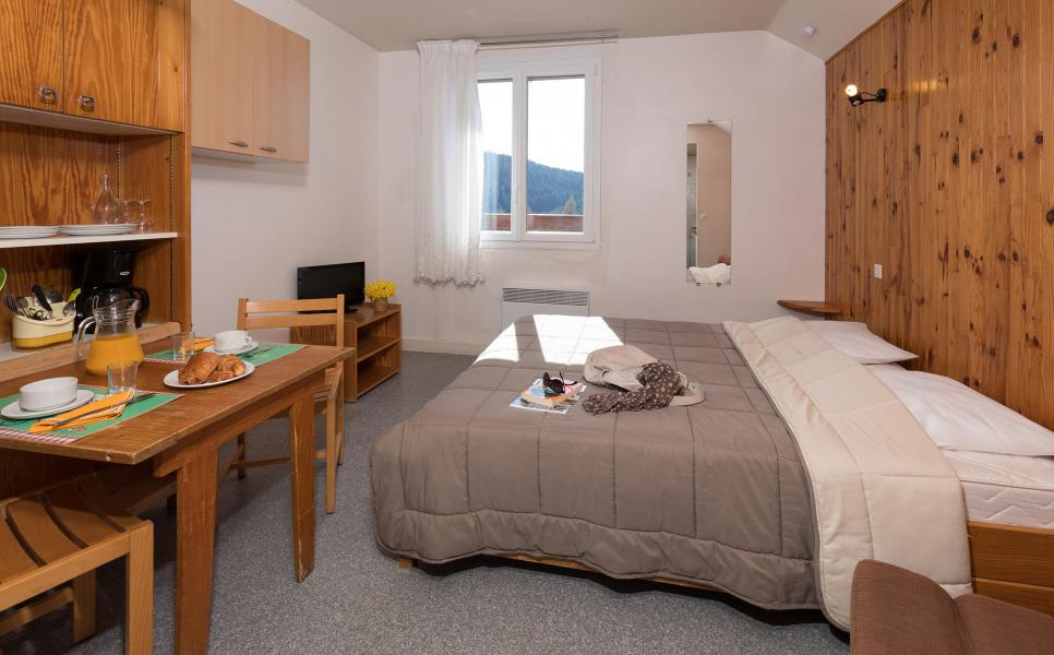 Holiday in mountain resort Résidence les Myrtilles - Gérardmer - Double bed
