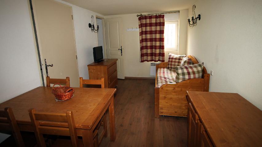 Vacaciones en montaña Estudio con estancia para 2-4 personas (exposición Norte-Oest) (U002) - Résidence les Myrtilles - Vars - Alojamiento