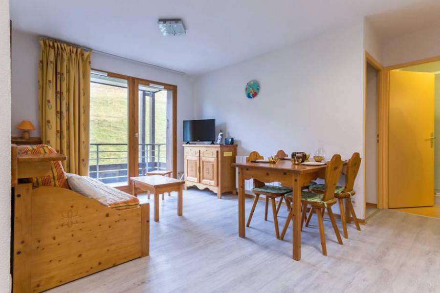 Vacaciones en montaña Apartamento 3 piezas para 6 personas (A21) - Résidence les Pistes - Le Corbier - Mesa