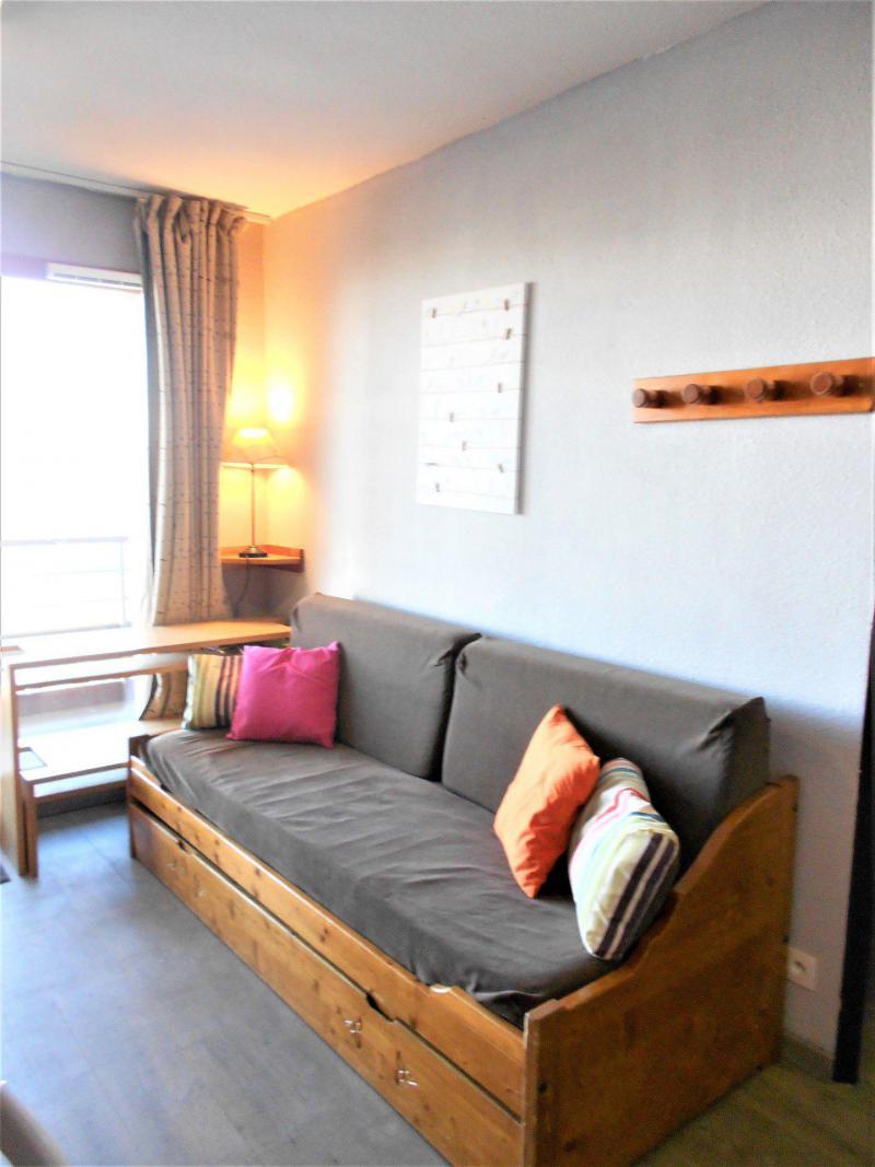 Vacaciones en montaña Apartamento 3 piezas para 6 personas (C83) - Résidence les Pistes - Le Corbier - Mesa
