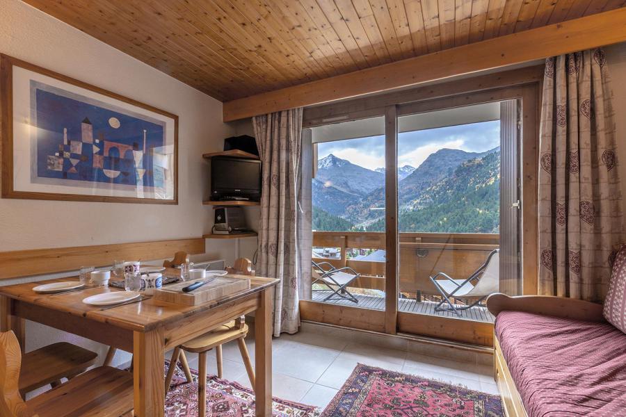 Vacances en montagne Appartement 2 pièces 4 personnes (002) - Résidence les Plattières - Méribel-Mottaret
