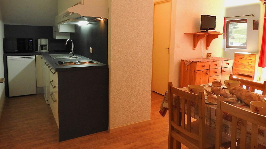 Vacaciones en montaña Apartamento 2 piezas para 4 personas (SB208A) - Résidence les Portes de la Vanoise - La Norma - Comedor