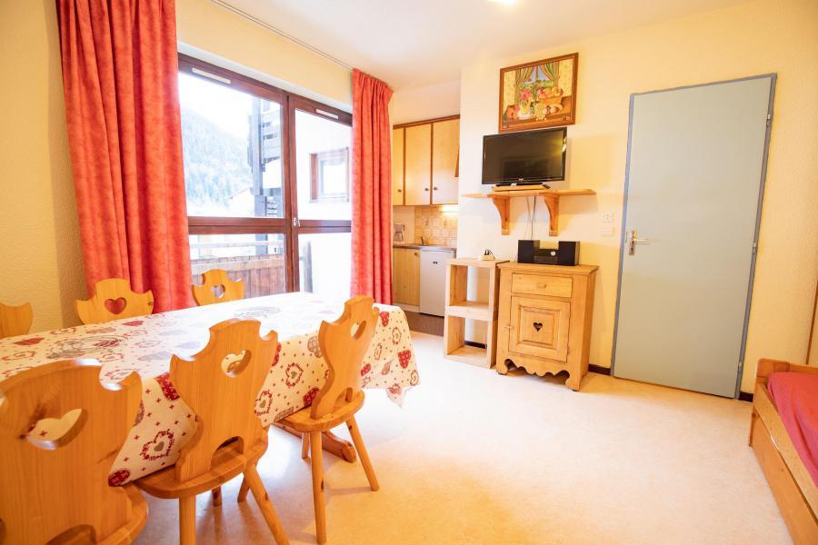 Vacaciones en montaña Apartamento cabina 2 piezas para 6 personas (SB104C) - Résidence les Portes de la Vanoise - La Norma - Comedor