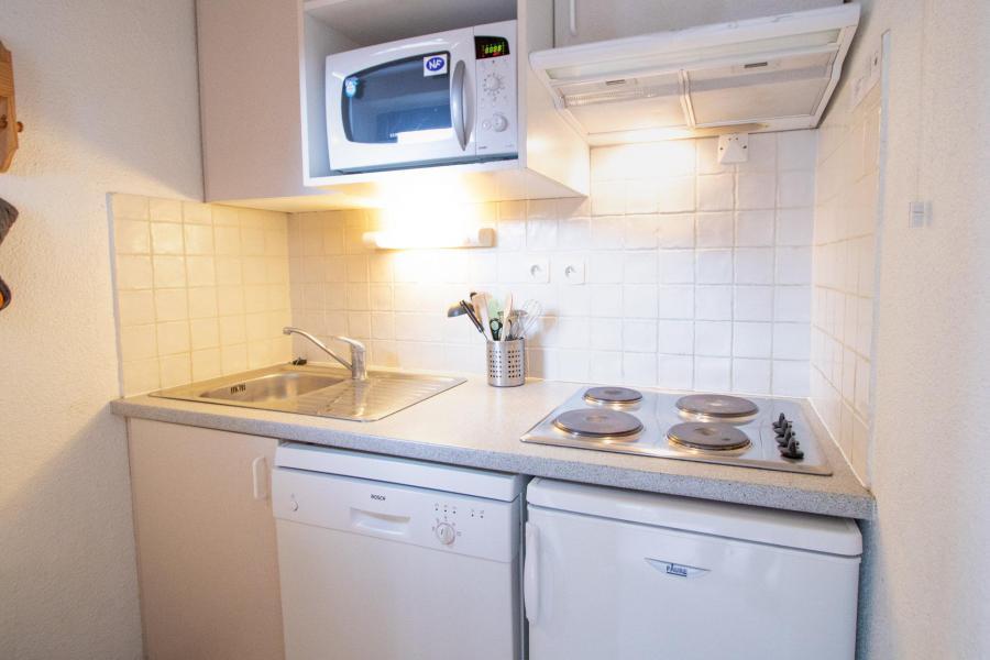 Vacaciones en montaña Apartamento cabina 2 piezas para 6 personas (SB408B) - Résidence les Portes de la Vanoise - La Norma - Mesa