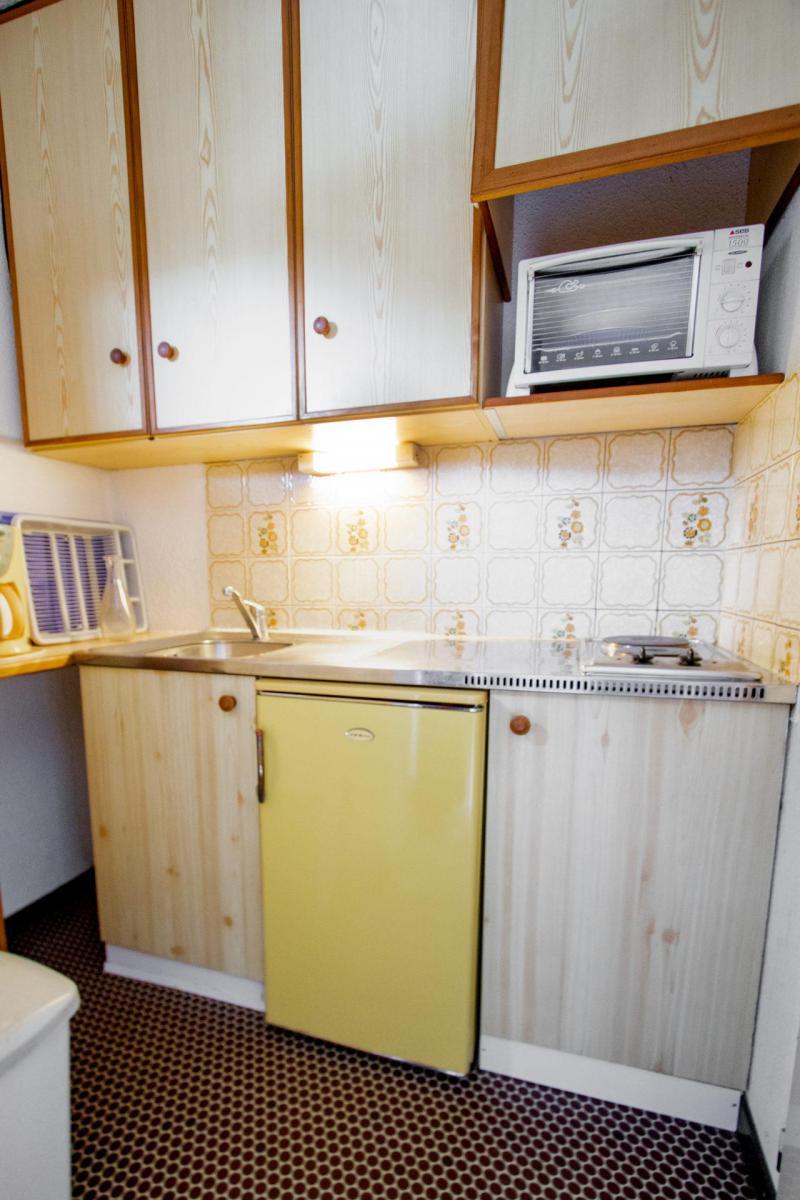 Vacaciones en montaña Apartamento cabina 2 piezas para 6 personas (SB504B) - Résidence les Portes de la Vanoise - La Norma - Mesa