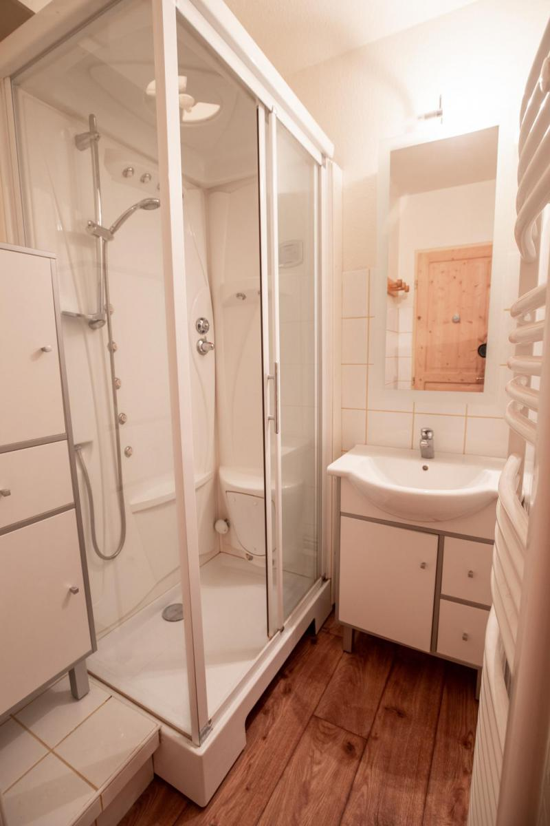 Vacaciones en montaña Apartamento cabina 2 piezas para 6 personas (SB511A) - Résidence les Portes de la Vanoise - La Norma - Cuarto de baño