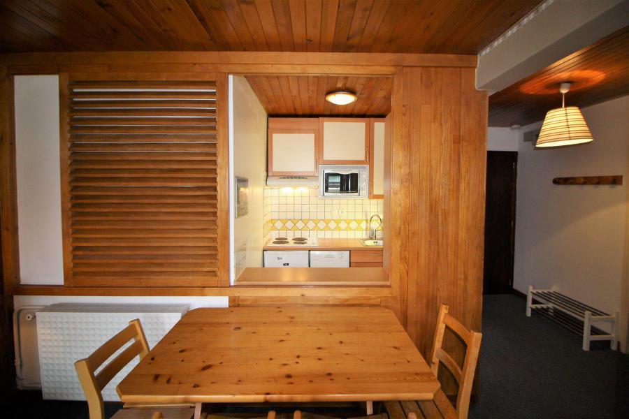 Wakacje w górach Apartament 2 pokojowy 4 osób (A6CL) - Résidence les Roches Rouges A - Tignes - Stołem