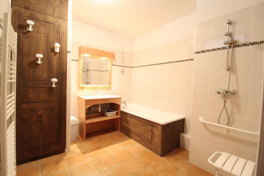 Vacances en montagne Appartement 2 pièces 4 personnes (005) - Résidence les Sports - Aussois - Salle de bains