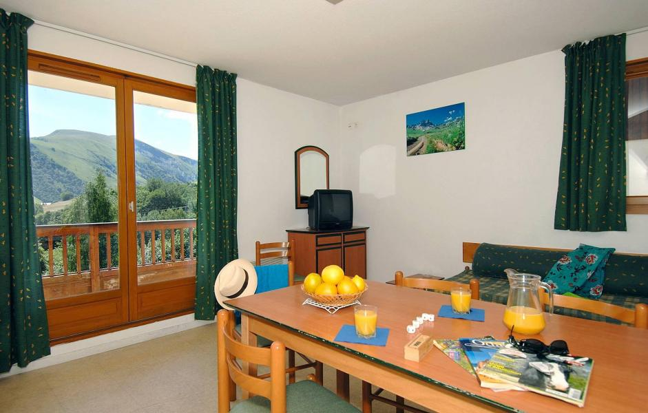 Vacances en montagne Résidence les Sybelles - Saint Sorlin d'Arves - Table