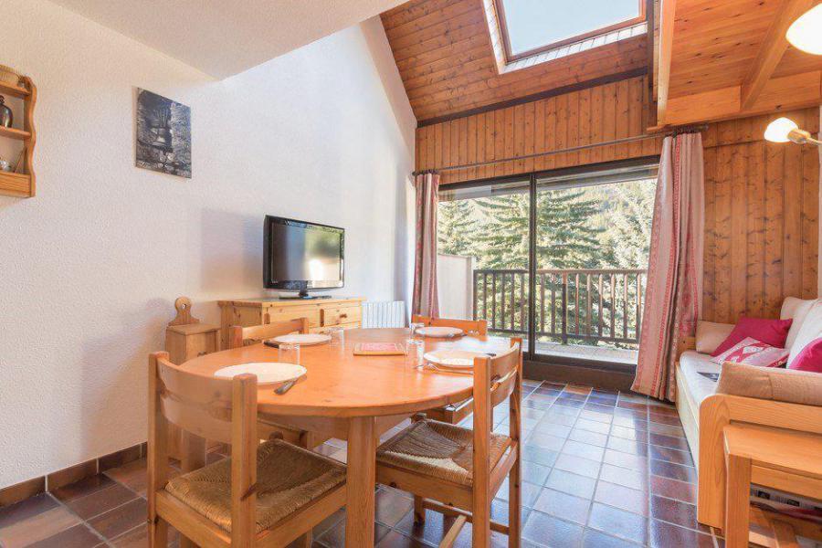 Vacances en montagne Studio cabine 6 personnes (GIBA9) - Résidence les Tamborels - Serre Chevalier - Table