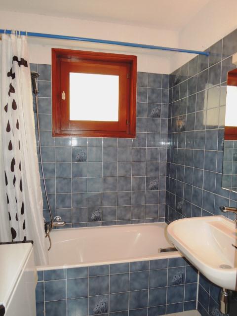 Vacances en montagne Appartement 2 pièces mezzanine 4 personnes (8) - Résidence les Tartifles - Châtel - Baignoire