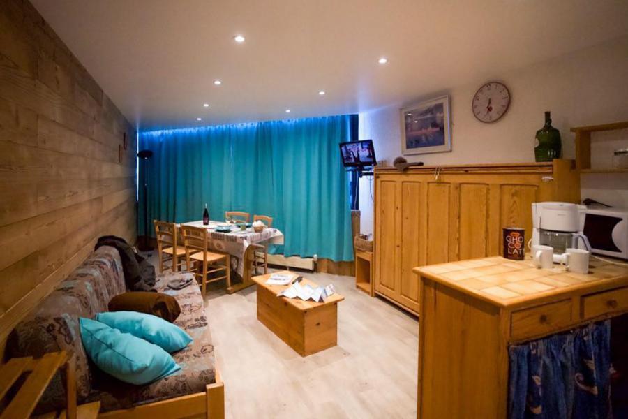 Vacances en montagne Studio cabine 4 personnes (810) - Résidence les Trois Vallées - Val Thorens - Canapé