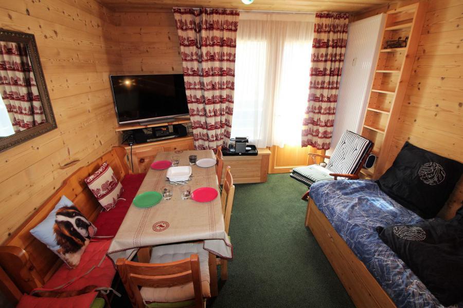 Wakacje w górach Studio 2 osoby (A2CL) - Résidence Les Tufs - Tignes - Kanapą z wysuwanym łóżkiem
