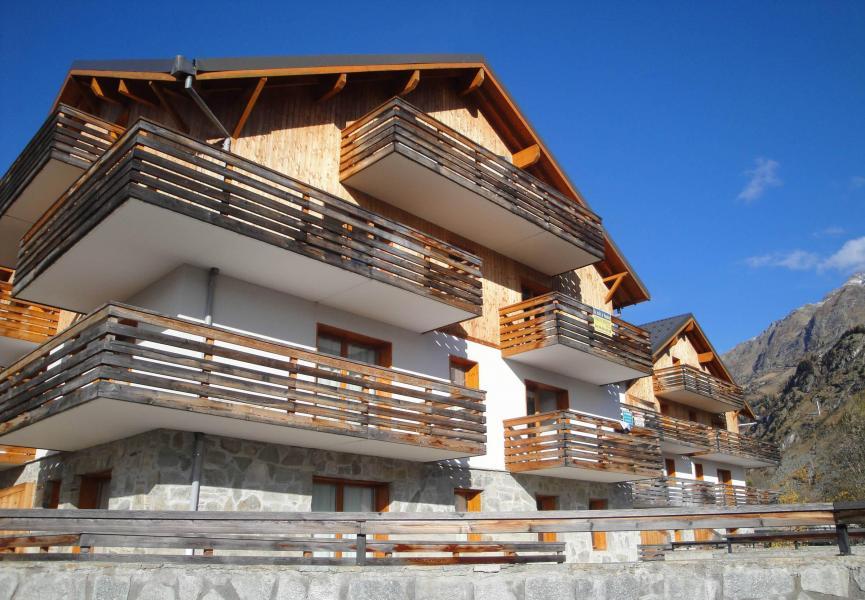 Urlaub in den Bergen Résidence les Valmonts de Vaujany - Vaujany - Draußen im Sommer