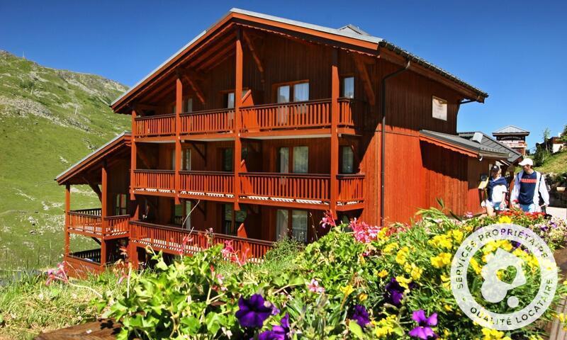 Аренда на лыжном курорте Апартаменты 2 комнат 4 чел. (Sélection 32m²-6) - Résidence les Valmonts - Maeva Home - Les Menuires - летом под открытым небом