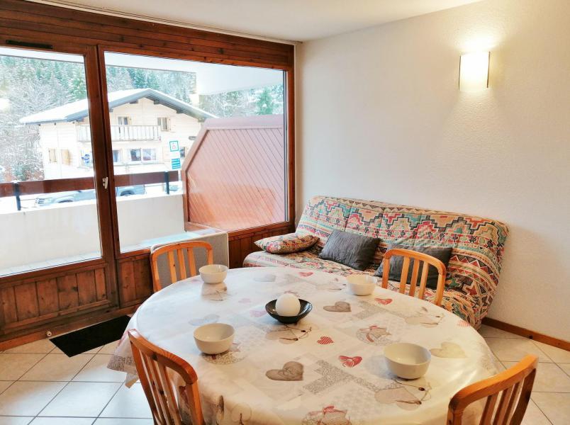 Vacaciones en montaña Apartamento 3 piezas para 6 personas (A01) - Résidence les Verdets - Morillon - Comedor