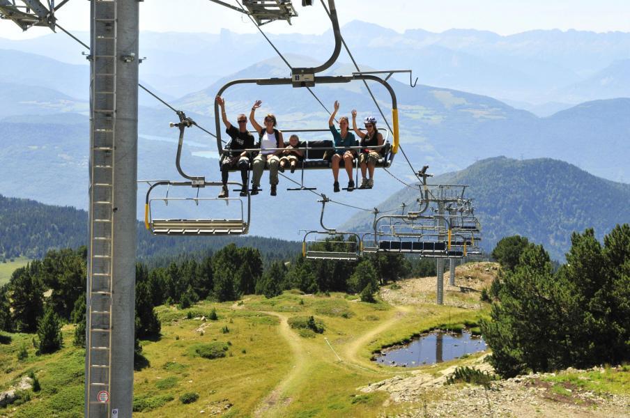 Vakantie in de bergen Résidence les Villages du Bachat - Chamrousse - Buiten zomer