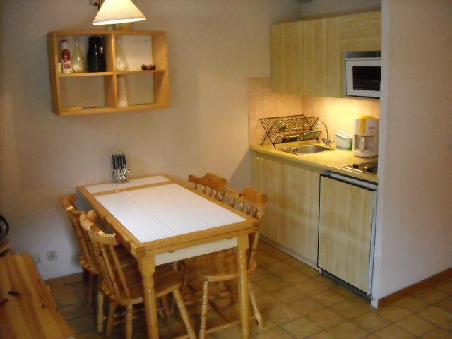 Vacaciones en montaña Apartamento cabina para 4 personas (06B) - Résidence les Voinettes - Châtel - Comedor