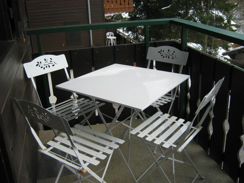 Vacaciones en montaña Apartamento cabina para 4 personas (28A) - Résidence les Voinettes - Châtel - Balcón