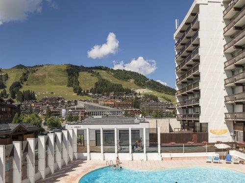 Location au ski Residence Maeva Les Ecrins - Courchevel - Extérieur été