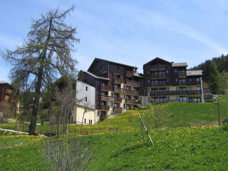 Vacances en montagne Résidence Michailles - Peisey-Vallandry - Extérieur été
