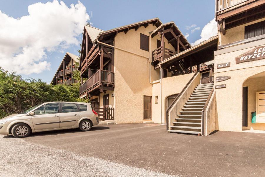 Vacances en montagne Studio coin montagne 4 personnes (ELL22) - Résidence Neyzets - Serre Chevalier - Extérieur été