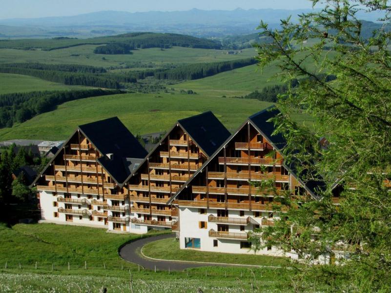 Location au ski Résidence O Sancy By Résidandco - Super Besse - Extérieur été