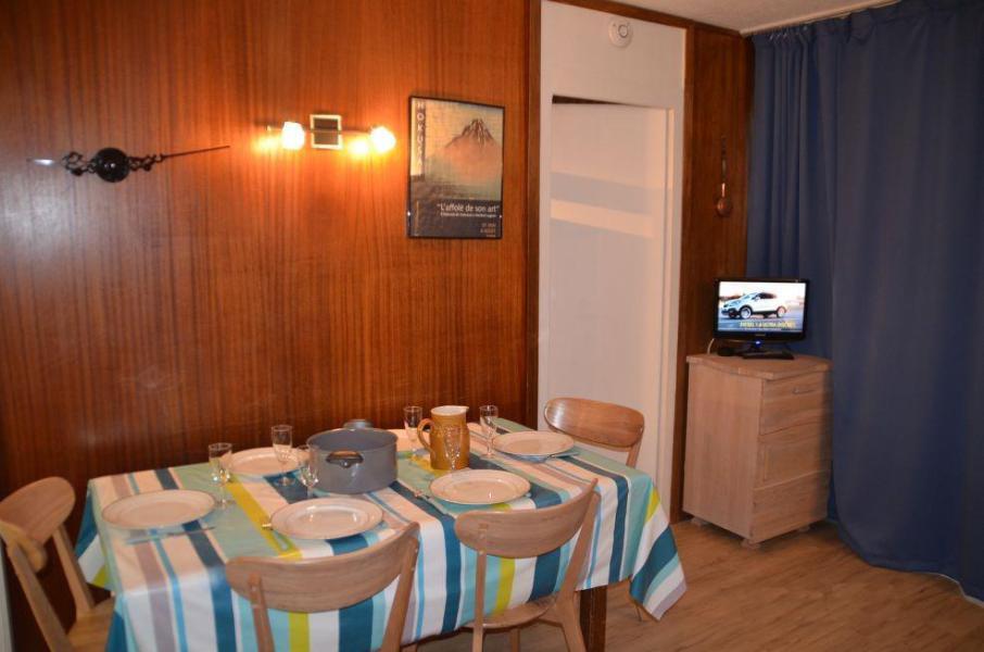 Vacances en montagne Appartement 2 pièces 6 personnes (44) - Résidence Oisans - Les Menuires - Logement