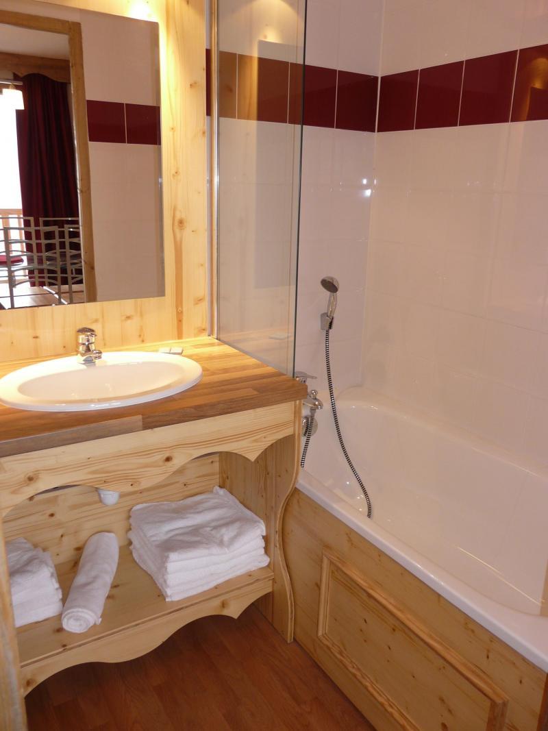 Holiday in mountain resort Résidence Orelle 3 Vallées By Résid&Co - Orelle - Bath-tub