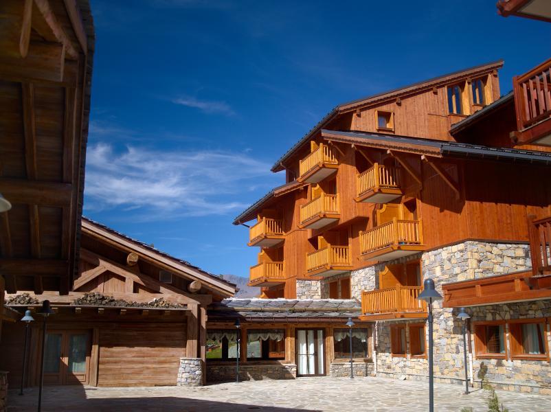 Vakantie in de bergen Résidence P&V Premium l'Ecrin des Neiges - Tignes - Buiten zomer