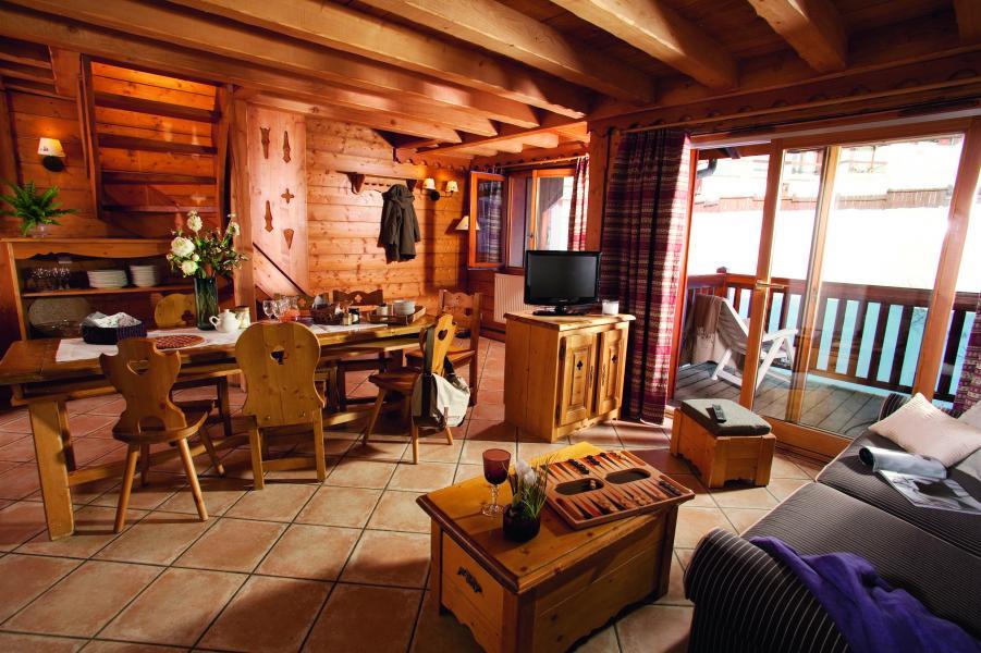 Urlaub in den Bergen Résidence P&V Premium l'Ecrin des Neiges - Tignes - Wohnzimmer
