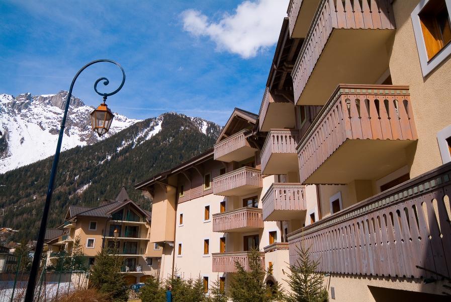 Location au ski Résidence P&V Premium la Ginabelle - Chamonix - Extérieur été