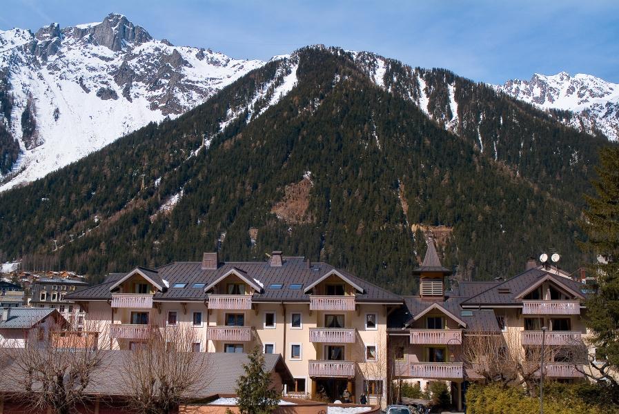 Vakantie in de bergen Résidence P&V Premium la Ginabelle - Chamonix - Buiten zomer