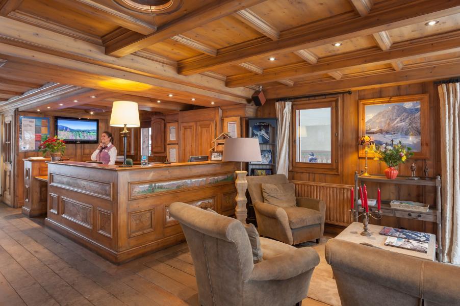 Urlaub in den Bergen Résidence P&V Premium la Ginabelle - Chamonix - Rezeption